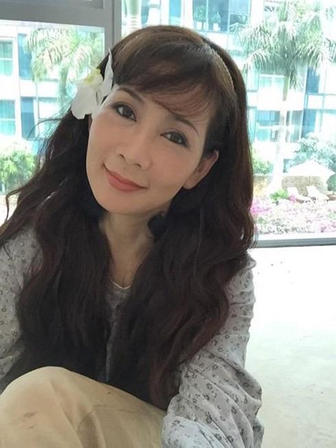 """Diễm Hương """"Đệ nhất mỹ nhân"""" của màn ảnh Việt giờ ra sao? - Ảnh 4."""