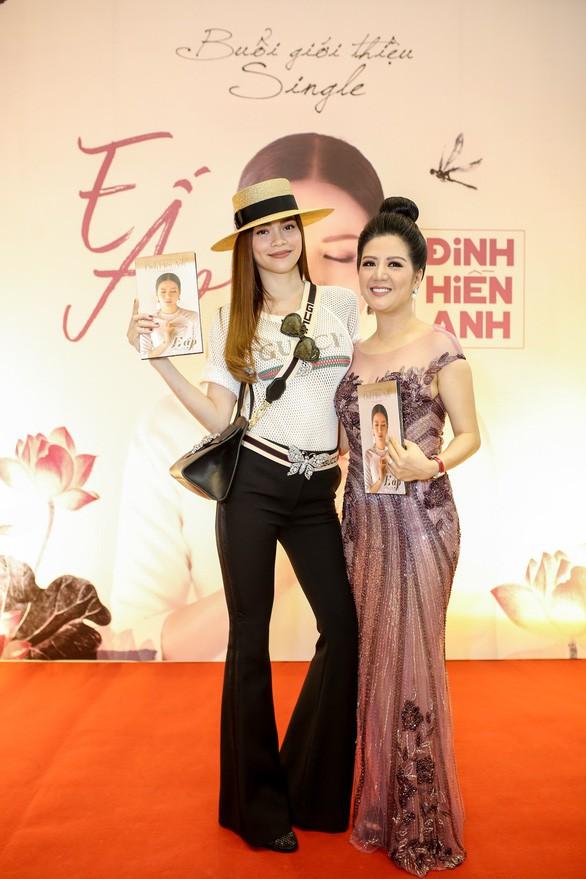 Thân thế ít biết của ca sĩ Đinh Hiền Anh - người vừa kết hôn với Thứ trưởng Bộ Tài chính - Ảnh 7.