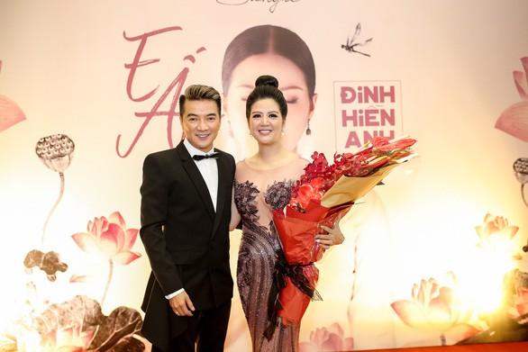 Thân thế ít biết của ca sĩ Đinh Hiền Anh - người vừa kết hôn với Thứ trưởng Bộ Tài chính - Ảnh 8.
