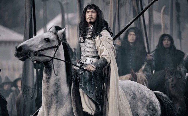 Không phải Tôn Quyền hay Lưu Bị, đây mới là 3 nhân vật khiến Tào Tháo phải dè chừng - Ảnh 4.