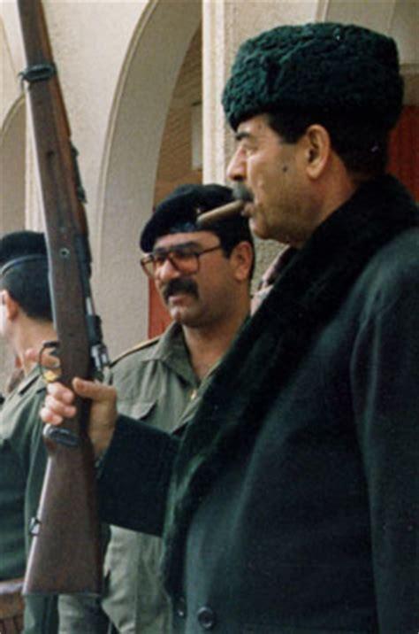 Chiến dịch Bình Minh Đỏ: Lần ra dấu vết Saddam Hussein từ... một con ngựa trắng - Ảnh 1.