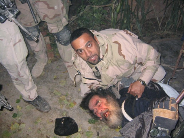 Chiến dịch Bình Minh Đỏ: Lần ra dấu vết Saddam Hussein từ... một con ngựa trắng - Ảnh 4.