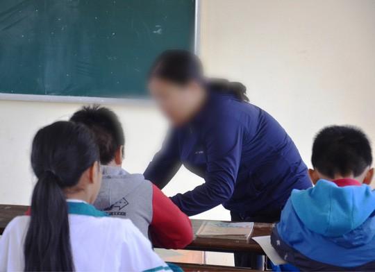 Bộ trưởng Phùng Xuân Nhạ: Cô giáo bắt học sinh tát bạn 231 cái đã vi phạm nghiêm trọng đạo đức nghề giáo - Ảnh 2.