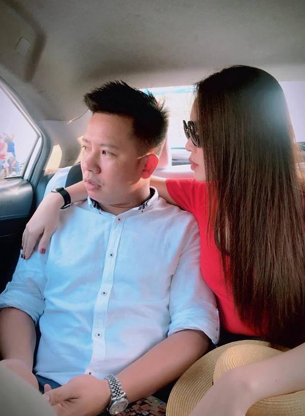 Loạt ảnh tình tứ của Giang Hồng Ngọc và bạn trai doanh nhân giữa nghi án bầu bí - Ảnh 9.