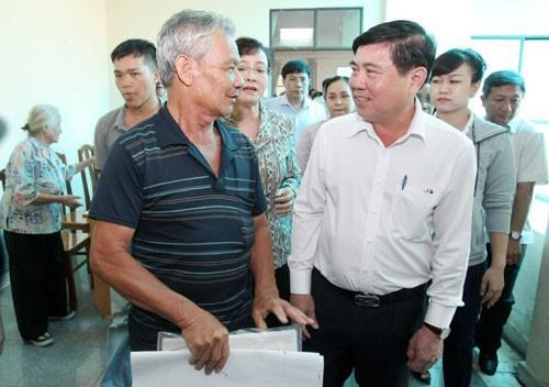 Hơn 2.200 hộ dân Thủ Thiêm nộp đơn kiến nghị kết luận thanh tra - Ảnh 1.