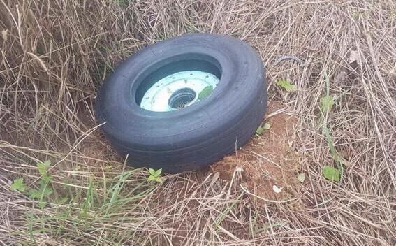 Máy bay Vietjet gặp sự cố, rơi mất 2 bánh: Đã tìm thấy chiếc lốp đầu tiên