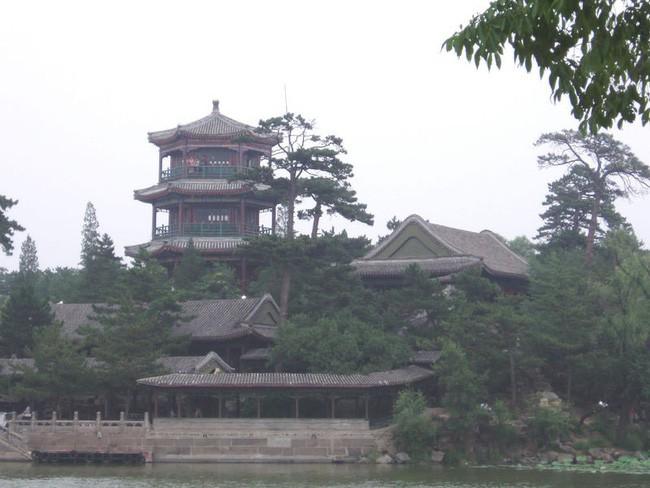 Gia Khánh - con trai Càn Long và Lệnh phi, vị Hoàng đế duy nhất trong lịch sử Trung Hoa chết vì bị sét đánh? - Ảnh 5.