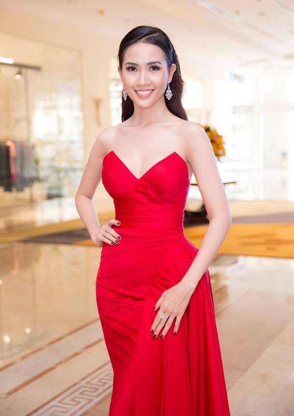 Trước Phương Khánh, hàng loạt mỹ nhân nổi tiếng của Việt Nam thất bại ở Miss Earth - Ảnh 10.