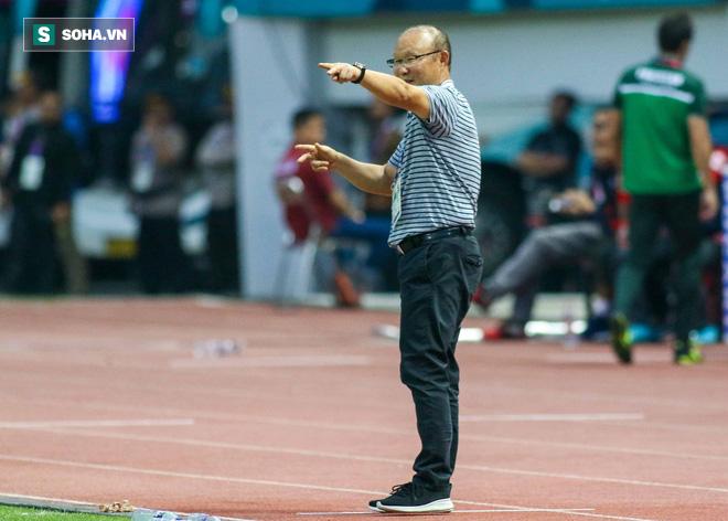 Tại sao HLV Park Hang-seo quyết tâm mang chân gỗ Hà Đức Chinh tới AFF Cup? - Ảnh 3.