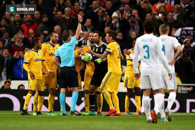 """Trận Champions League đầu tiên của Buffon cho PSG hóa ra là """"chung kết"""" - Ảnh 1."""