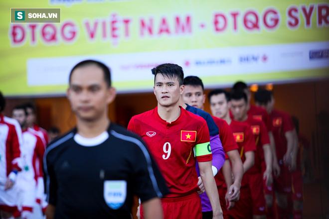 Trong một nền bóng đá tử tế, khác biệt giữa Công Phượng & Quang Hải chính là Công Vinh - Ảnh 1.