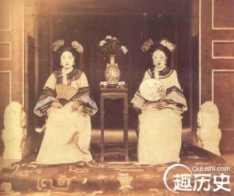 Cách Cách triều Thanh và những cuộc hôn nhân là mồ chôn sinh mạng - Ảnh 1.