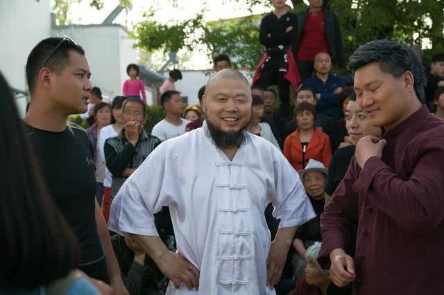 """""""Lỗ Trí Thâm"""" làng võ Trung Quốc đại chiến """"Người khổng lồ"""" không ai ngờ tới, nặng 125kg - Ảnh 2."""