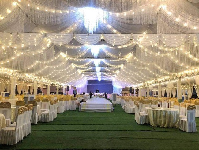 Xôn xao rạp cưới khủng được trang hoàng lộng lẫy trị giá hơn 800 triệu, dùng 100% hoa tươi ở Vĩnh Phúc - Ảnh 5.