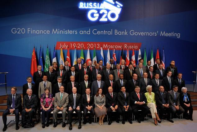 Chi tiết lạ thường trong bức ảnh lưu niệm chụp các lãnh đạo G20 - Ảnh 1.