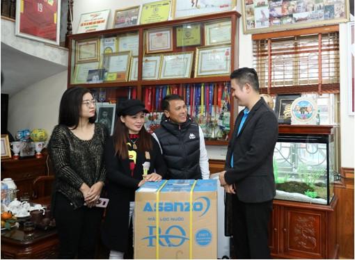 Asanzo trao tặng hơn 30 máy lọc nước trị giá hơn 200 triệu đồng cho quê nhà cầu thủ Quang Hải - Ảnh 3.