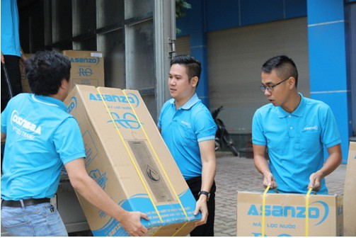 Asanzo trao tặng hơn 30 máy lọc nước trị giá hơn 200 triệu đồng cho quê nhà cầu thủ Quang Hải - Ảnh 4.