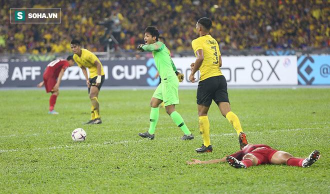 CĐV châu Á hết lời khen Việt Nam chơi hay, chê Malaysia đá sân nhà nên chơi xấu - Ảnh 2.
