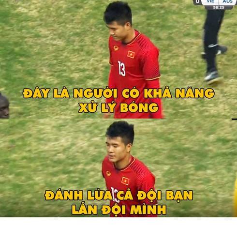 Không chỉ Quang Hải, nhiều cầu thủ Việt Nam khác cũng thành bao cát của ĐT Malaysia - Ảnh 4.