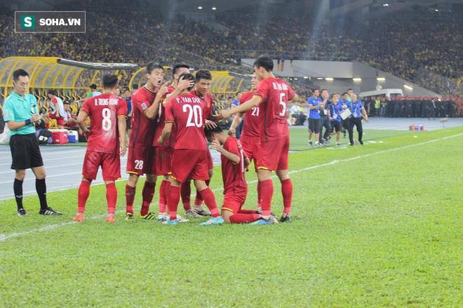 Điều đáng tiếc nhất với tuyển Việt Nam sau màn kịch chiến nghẹt thở tại Bukit Jalil - Ảnh 2.