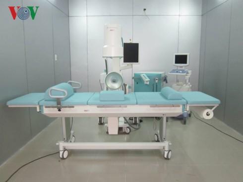 Phú Yên giảm biên chế, nhiều bác sĩ giỏi xin thôi việc - Ảnh 1.