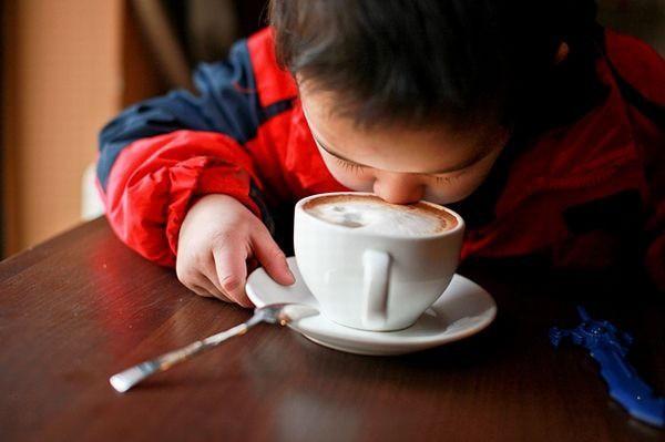 3 thói quen ăn uống hằng ngày âm thầm lấy đi sự thông minh của con trẻ mà nhiều bố mẹ vô tình bỏ qua - Ảnh 1.