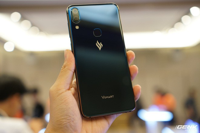 Cận cảnh 4 smartphone Vsmart vừa được ra mắt: thiết kế hiện đại, cấu hình ổn, giá từ 2,49 triệu - Ảnh 2.