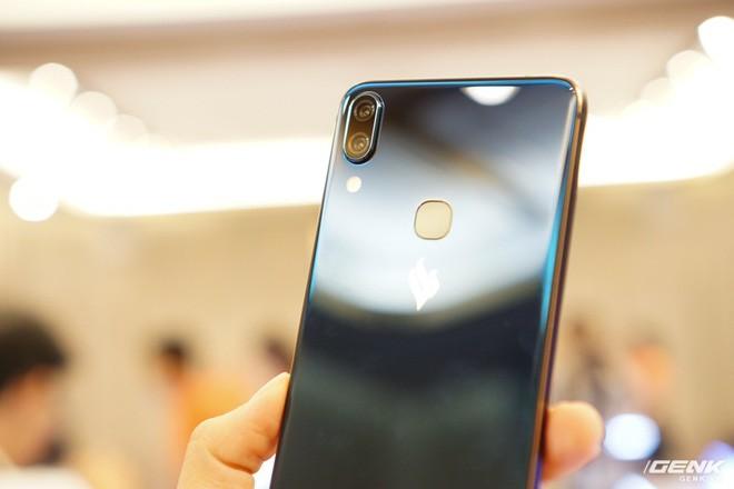 Cận cảnh 4 smartphone Vsmart vừa được ra mắt: thiết kế hiện đại, cấu hình ổn, giá từ 2,49 triệu - Ảnh 3.