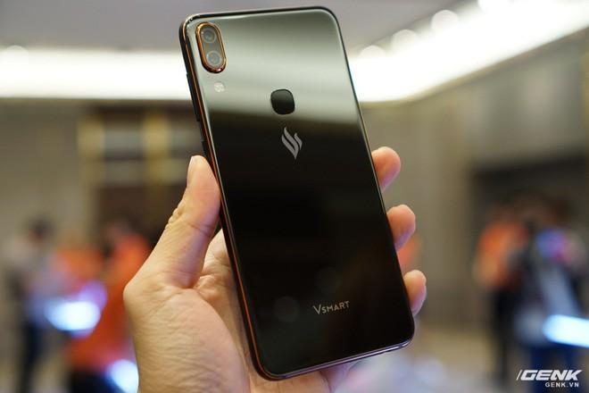 Cận cảnh 4 smartphone Vsmart vừa được ra mắt: thiết kế hiện đại, cấu hình ổn, giá từ 2,49 triệu - Ảnh 9.