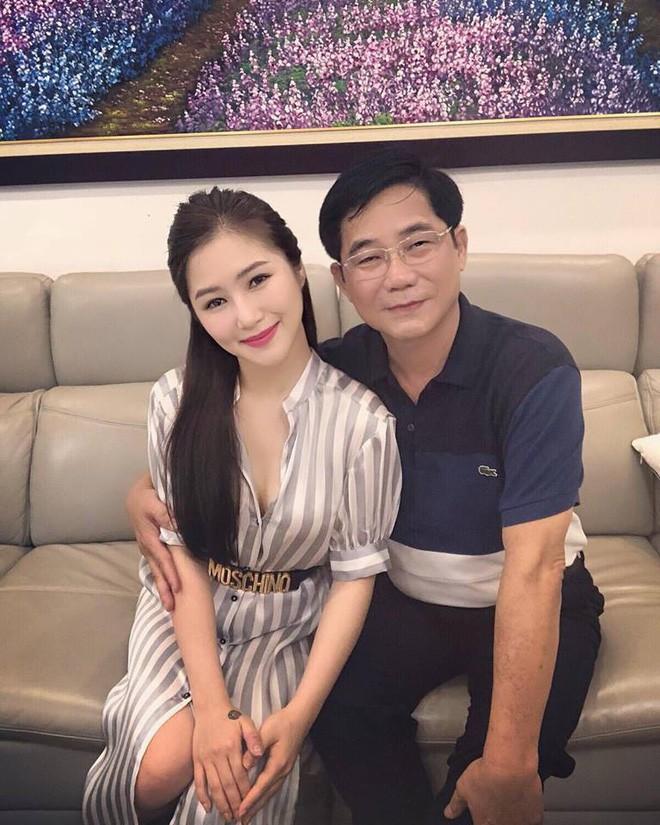 Bố Hương Tràm: Sự việc xảy ra, tôi không thể gọi điện cho Thu Minh được và đã khóc cả đêm - Ảnh 4.