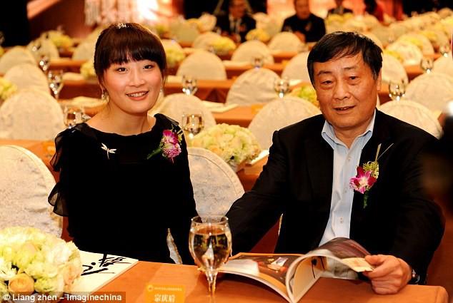 Điểm mặt những ái nữ kế nghiệp các siêu công ty gia đình ở Trung Quốc - Ảnh 3.