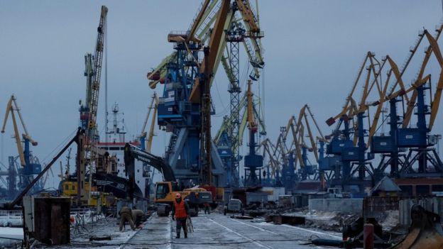 Thương cảng sầm uất của Ukraine chết vì một lời tuyên bố mập mờ của hải quân Nga - Ảnh 2.