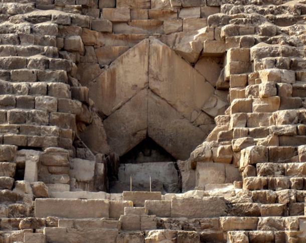 Đại kim tự tháp Giza cũng từng trắng sáng chói lóa, khác hẳn với ngày nay - Ảnh 3.