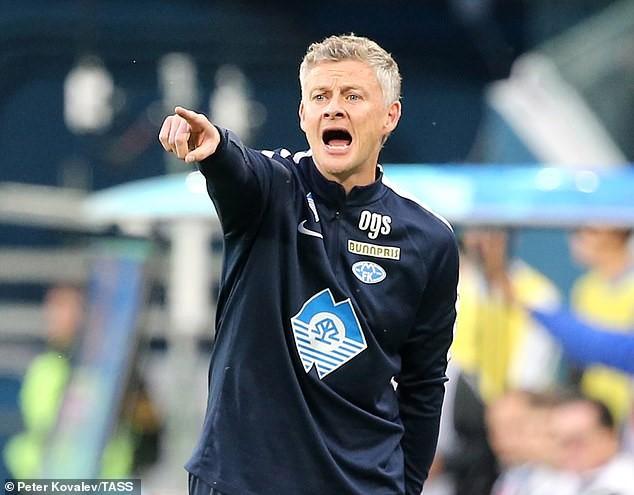 Man United gây bất ngờ với lời hứa hẹn dành cho tân HLV Solskjaer - Ảnh 1.