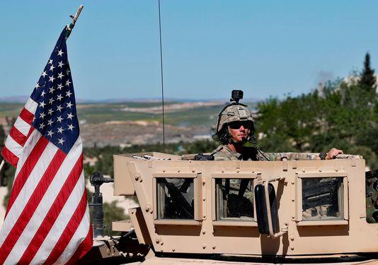 Rút lính Mỹ khỏi Syria: Buông bỏ để tự cứu chính mình, ông Trump tránh dẫm vào chân một đồng minh lớn - Ảnh 1.