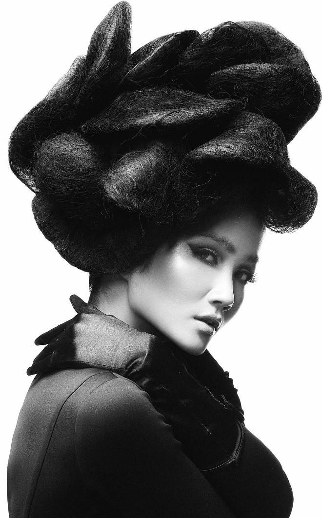 Hình ảnh bán nude đầy quyến rũ của HHen Niê trên trang bìa tạp chí Mỹ nổi tiếng - Ảnh 5.