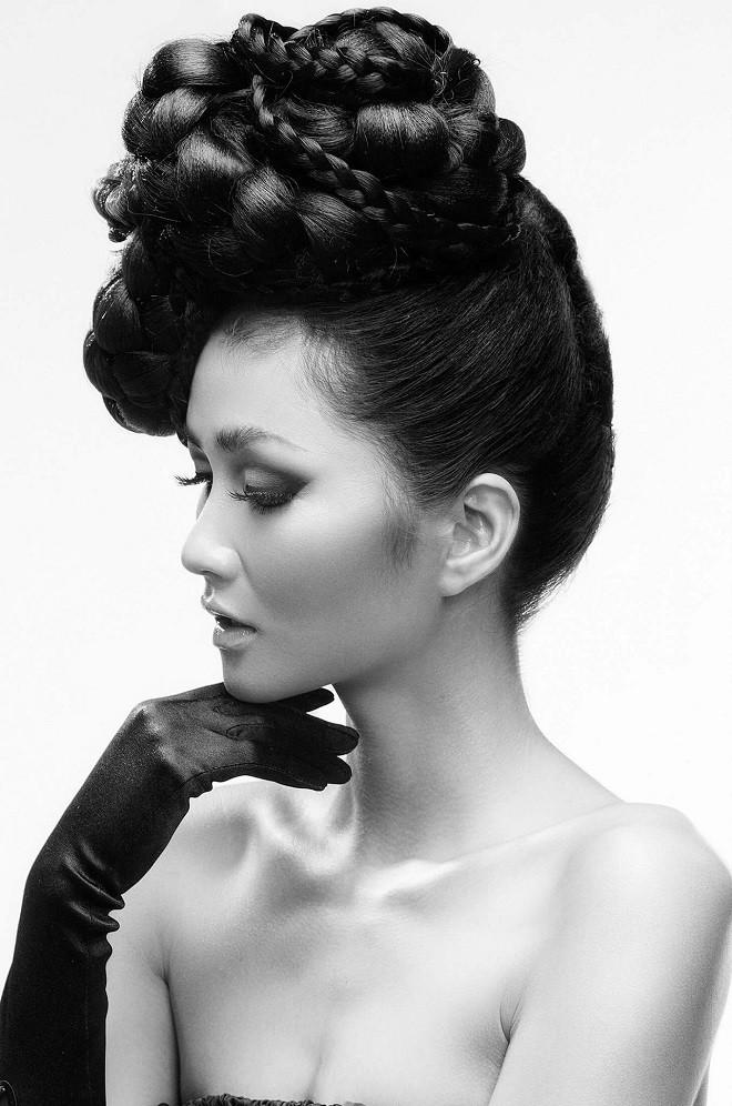 Hình ảnh bán nude đầy quyến rũ của HHen Niê trên trang bìa tạp chí Mỹ nổi tiếng - Ảnh 6.