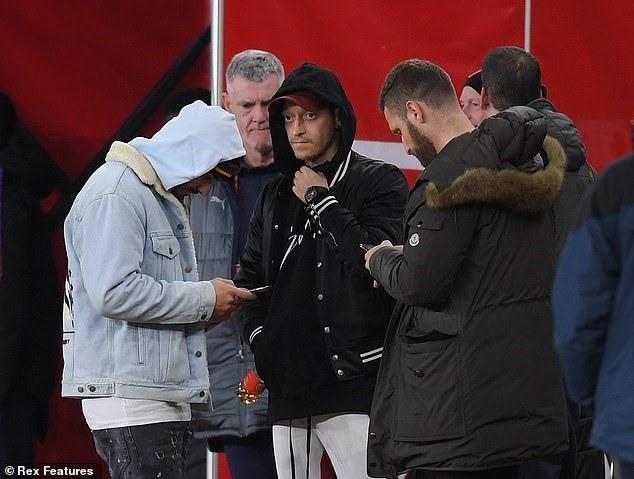 Ozil ở đâu trong những ngày tươi đẹp của Arsenal? - Ảnh 1.
