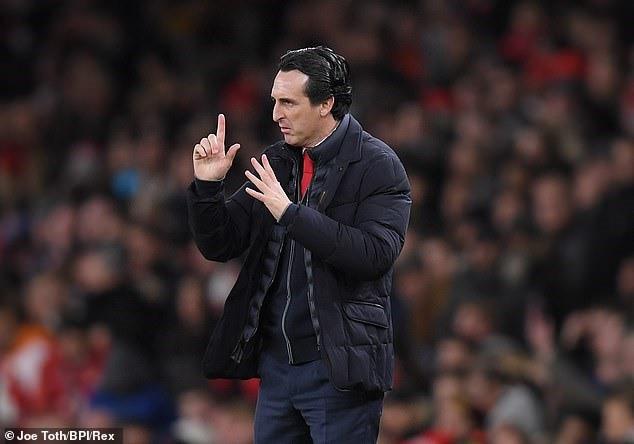 Ozil ở đâu trong những ngày tươi đẹp của Arsenal? - Ảnh 2.