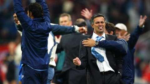 Khi cái hang cuối cùng bị đập vỡ, Mourinho cuối cùng đã chạm đến 2 chữ hết thời - Ảnh 2.