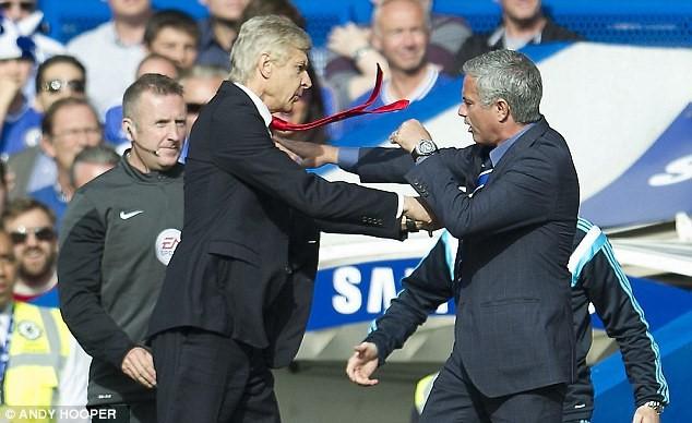 Khi cái hang cuối cùng bị đập vỡ, Mourinho cuối cùng đã chạm đến 2 chữ hết thời - Ảnh 3.