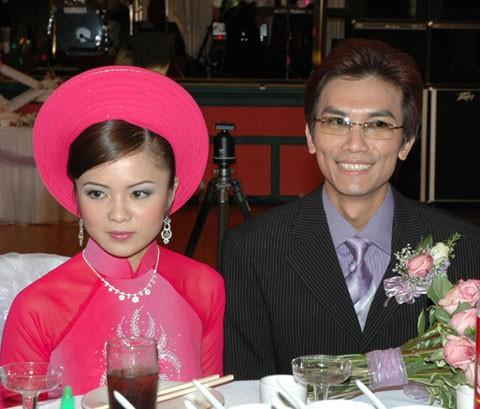 Không phải ca sĩ Phi Nhung, cô gái xinh đẹp này mới là vợ ca sĩ Mạnh Quỳnh! - Ảnh 2.