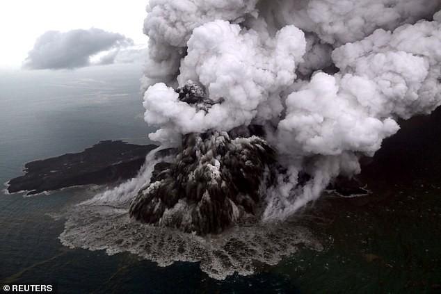 Không động đất, vì sao có sóng thần ở Indonesia? - Ảnh 1.