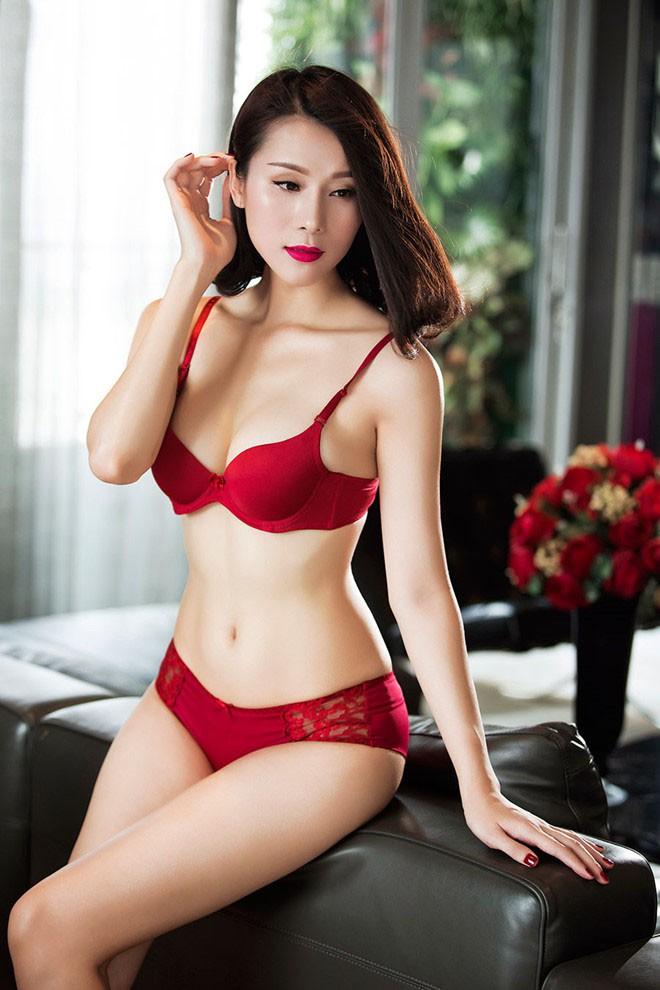 Mỹ nhân mặc bikini đẹp nhất nhì showbiz Việt giờ ra sao? - Ảnh 8.