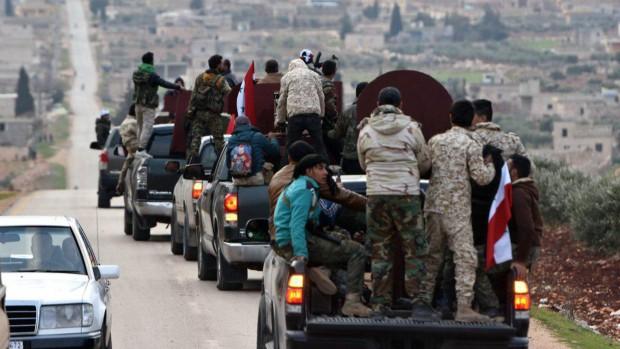 Bị đâm sau lưng tại Syria, người Kurd tuyệt vọng, nguyền rủa kẻ phản bội Mỹ - Ảnh 1.