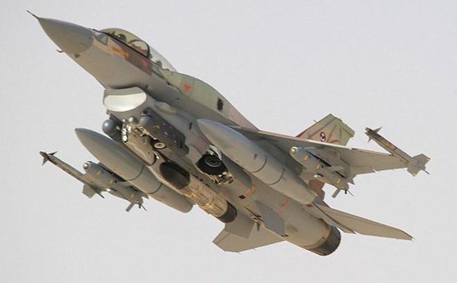 Israel tấn công Syria: Đòn đánh ồ ạt và liều chết trong tình thế mất bình tĩnh? - Ảnh 3.