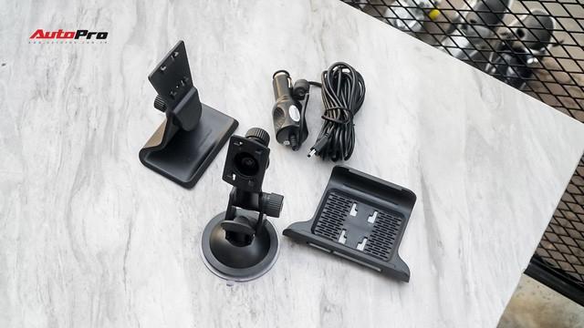 Camera hành trình 69 - Đủ tư thế cho các bề mặt taplo xe hơi - Ảnh 3.