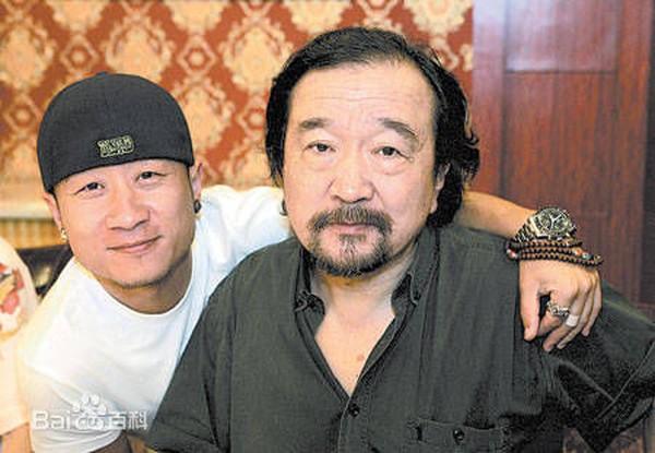 Tể tướng Lưu Gù kinh điển: Sống bình dân, bị tẩy chay nhiều năm, ngoài 70 tuổi mới trở lại đóng phim - Ảnh 3.