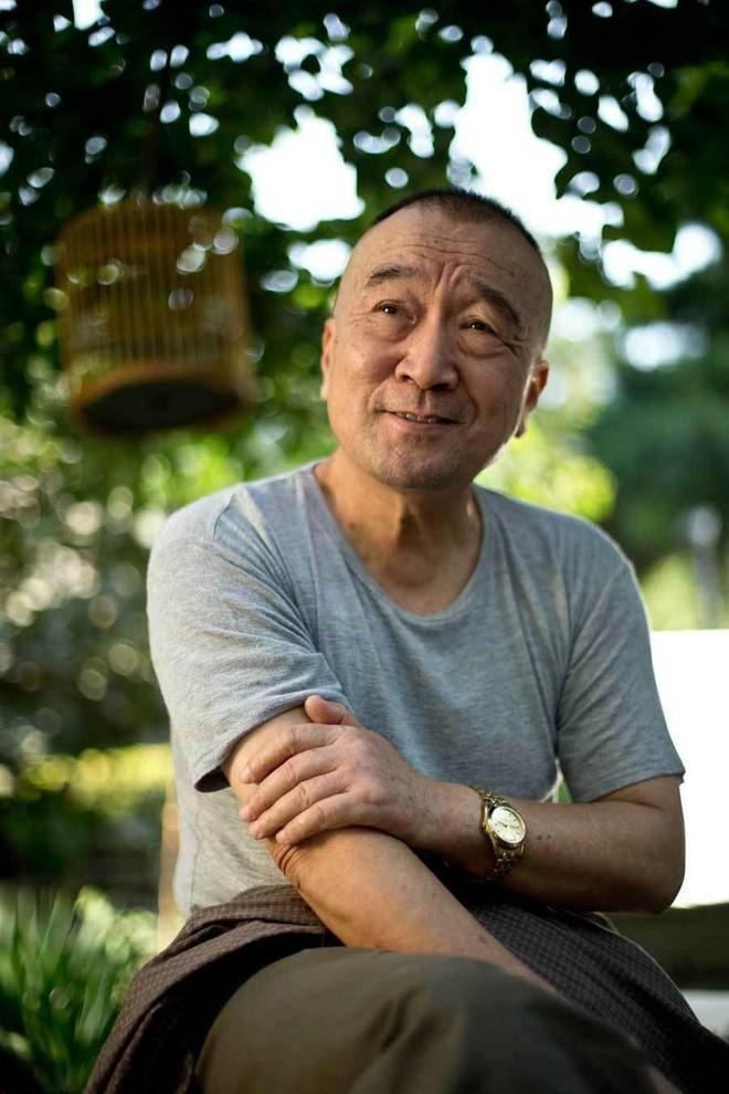 Tể tướng Lưu Gù kinh điển: Sống bình dân, bị tẩy chay nhiều năm, ngoài 70 tuổi mới trở lại đóng phim - Ảnh 2.