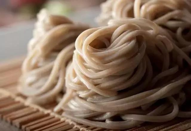 Vì sao người Nhật sống thọ nhất thế giới: Hãy ăn 9 thực phẩm tốt như thuốc trường sinh - Ảnh 6.